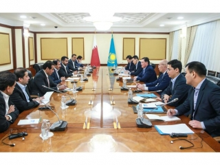 Kazakh PM, Governor of Qatar Central Bank hold talks