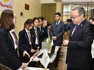 Kazakh schoolgirls invent a forest steppe fire detection device