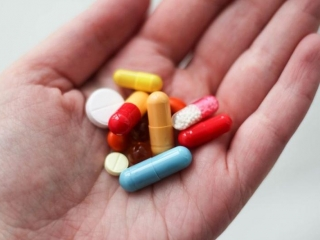 Lack of new antibiotics threatens global efforts to contain drug-resistant infections