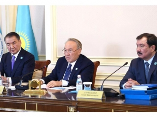 Nazarbayev attends session of Constitutional Council on housing relations