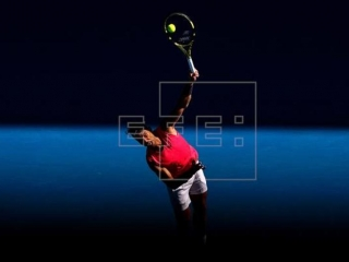 Nadal sails into Australia Open 2nd round