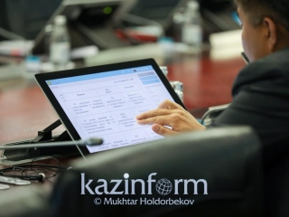 Kazakhstan intends to introduce 30% quota for women and youth in political parties