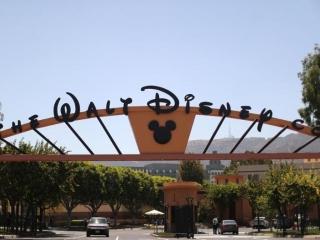 Walt Disney's Iger steps down as CEO, parks head Chapek to take reins
