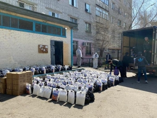 Volunteers work round the clock to help families in Pavlodar region amid COVID-19