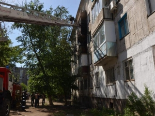 32 evacuated due to fire at residential complex in Pavlodar