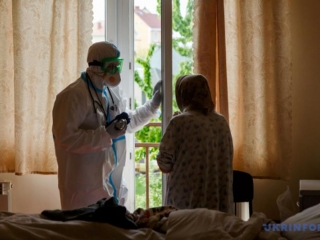 Ukraine reports 483 new coronavirus cases, taking total to 17,330