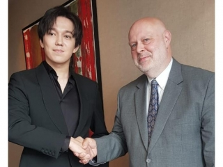 Dimash Kudaibergen meets with UN representative in Kazakhstan