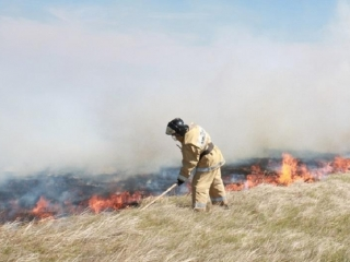 Extreme fire hazard in Kazakhstan: steppes continue burning in several regions
