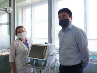 Kazakhaltyn donates ventilator, oxygen concentrators to Stepnogorsk multidisciplinary hospital