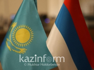 Kazakh, Russian FMs hold negotiations in Moscow