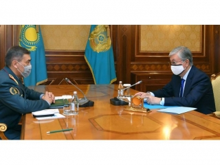 Head of State receives Defense Minister