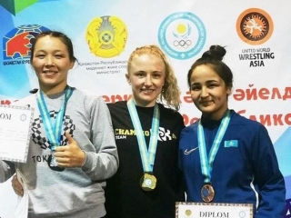 Nur-Sultan wrestlers sweep 3 gold at Women's Wrestling Championships
