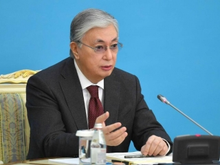 Kazakh President calls for further economic and political reforms