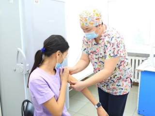 2nd stage of COVID-19 vaccination campaign kicks off in E Kazakhstan