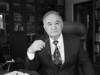 Head of State extends condolences over passing of Kazakh poet Yessengali Raushanov