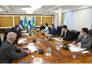 Kazakh PM meets Foreign Trade Minister of Finland Ville Skinnari